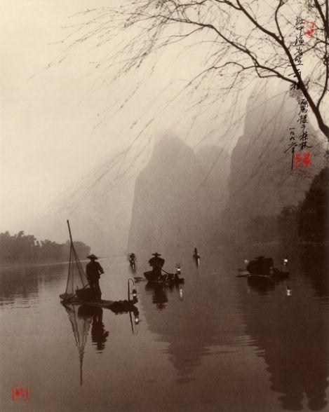luzfosca: Don Hong-Oai Lanterns Light the Way, Guilin 1996 via