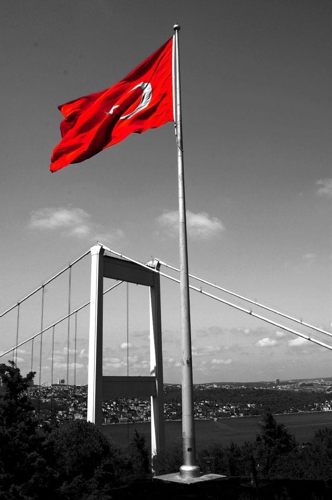 bayrak ⭐BAYRAKLARI BAYRAK YAPAN ŮSTŰNDEKĪ KANDIR DALGALAN SEN ŞANLI BAYRAĞIM HAĪNLERE ZALĪMLERE ĪNAT !!!!ACILAR YŪREĞĪMÏZDE BĪZĪ BĪZ YAPAN VATANDIR!!!!