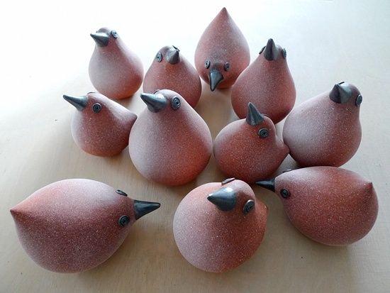 Keramik Vögel (Hühnerschar) von Margit Hohenberger