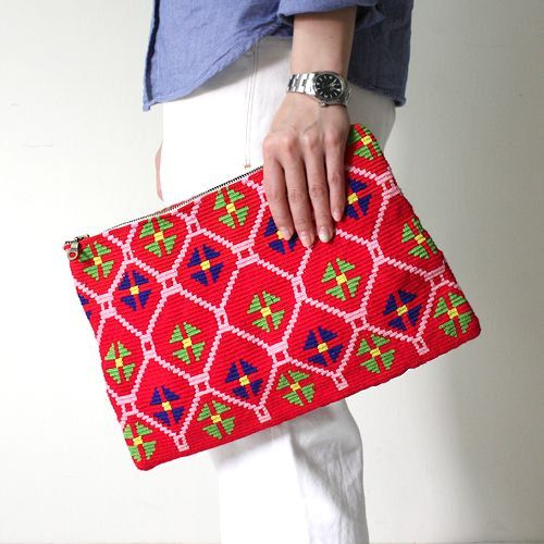 Love Wayuu Clutch クラッチバッグ Sac a Main by PavanaFit on Etsy