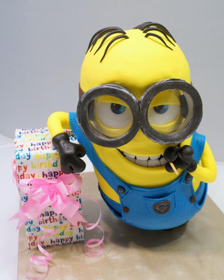 190 best Minion cake images on Pinterest Cake minion Gravity