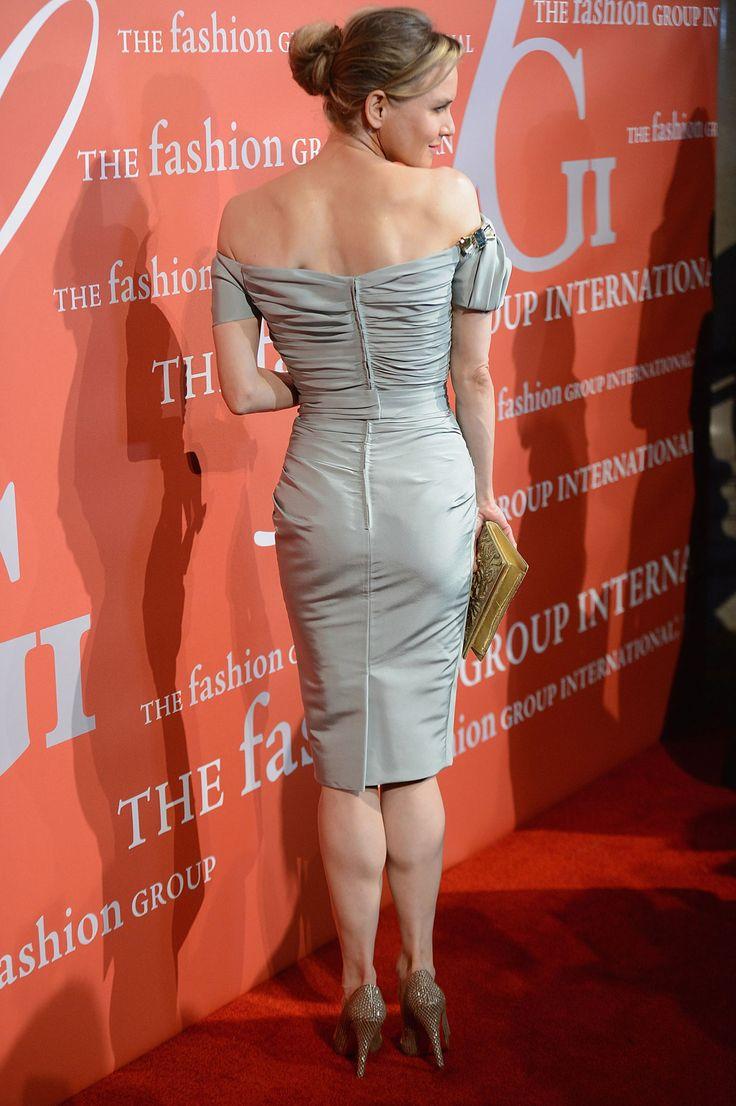 Broad shoulders, narrow hips