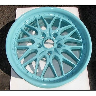 "100% Brand New, Virgin Tiffany's Blue. This is an extremely durable, super smooth polyester TGIC powder rated for exterior and interior use. This is a perfect match for ""Tiffany Blue"". Polyester TGIC"