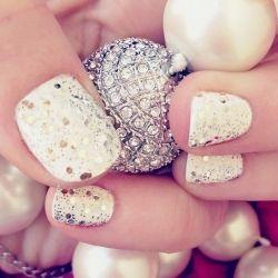 white + gold and silver glitter: Gold Glitter, Nails Art, Gold Nails, Sparkle Nails, Glitter Nails, White Nails, Nails Polish, Sparkly Nails, New Years