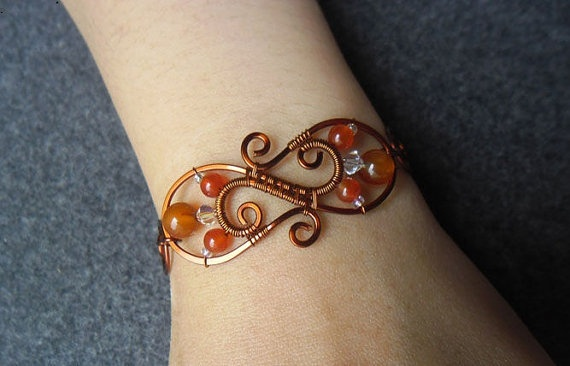 .make this smaller with macrame strap