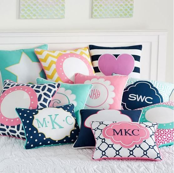 Cute Pillows For Dorm Rooms : Top 10 Places to Shop for Dorm Decor Awesome, Shops and Cute pillows