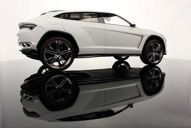 The First Lamborghini SUV Will Be Powered By A Powerful V8 Engine ...