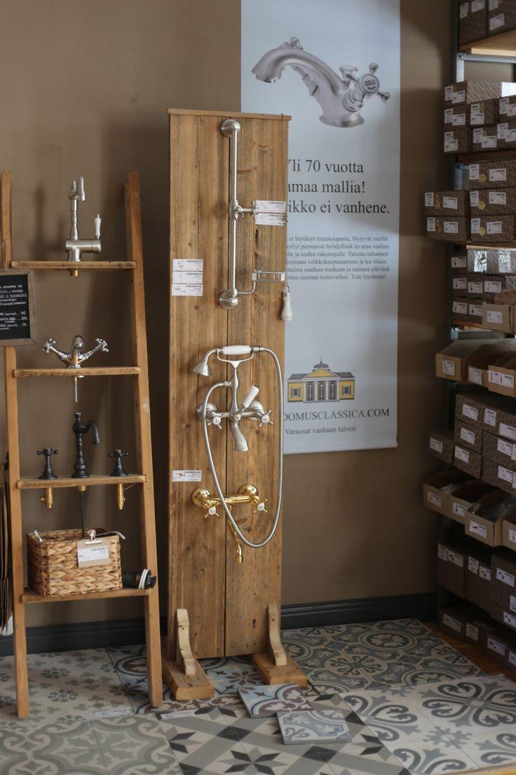 Testaa hanojamme liikkeessä ja täällä koko valikoima http://www.domusclassica.com/tuotteet/keitti%C3%B6-ja-wc/40/