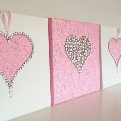 A new design wall art @ FlorsShop.  Hearts in pink & white.  Have Fun!