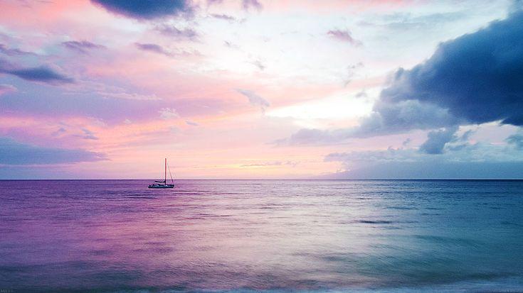 wallpaper-desktop-laptop-mac-macbook-mb06-wallpaper-dreamy-sea-boat-beach-wallpaper