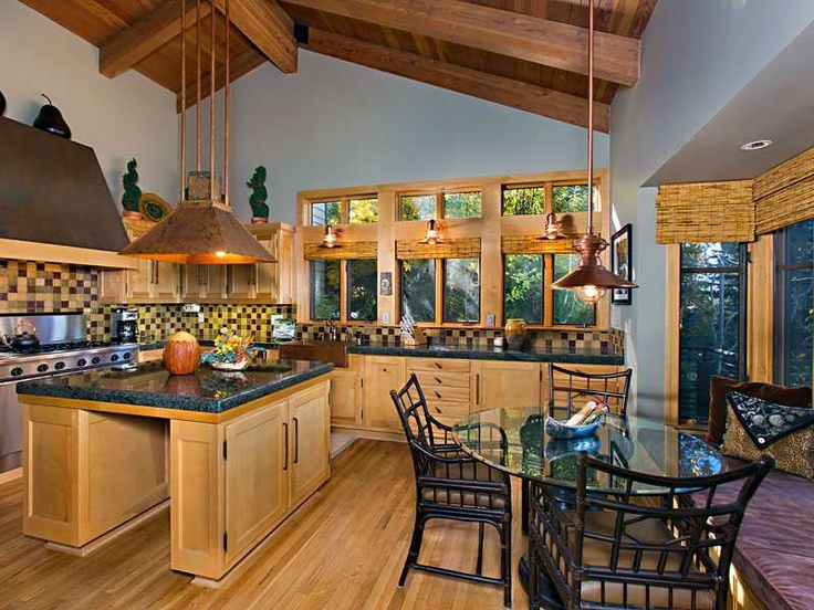Cute country kitchen amazing tahoe kitchens pinterest for Amazing country kitchens