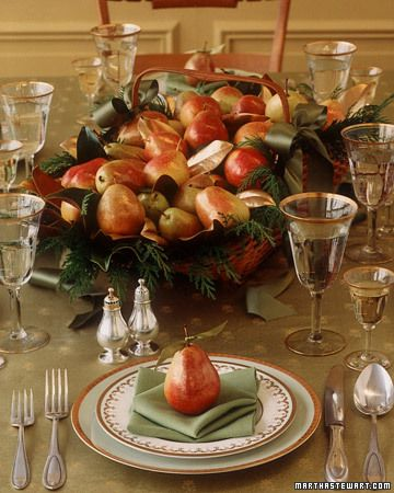 love pears for autumn!! love the basket centerpiece with dark green linens, perfect to use under pumpkins, squash, pears and other autumn showcase fruits   /martha stewart: Holiday, Tablesettings, Table Settings, Thanksgiving Centerpiece, Gilded Pear, Pear Basket, Thanksgiving Table, Centerpieces, Christmas Table