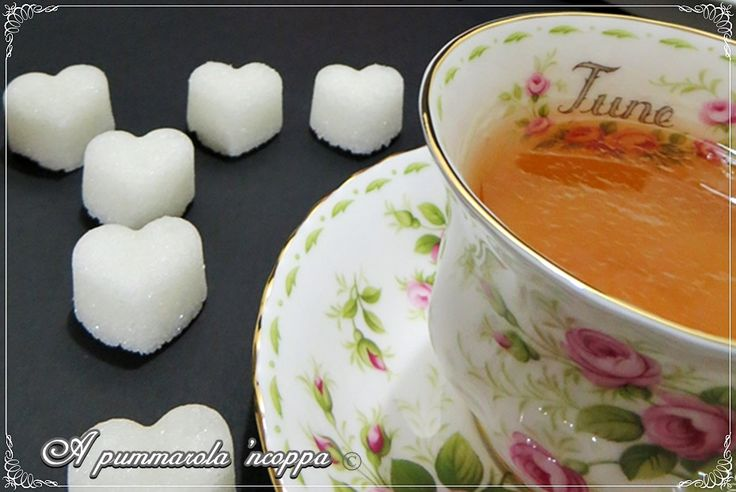Zollette di zucchero http://blog.giallozafferano.it/apummarolancoppa/girelle-di-melanzane-farcite/