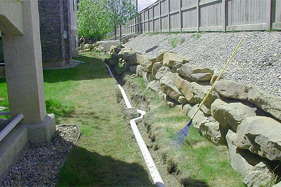 French drain and curtain drain design what you need to for Outdoor curtain drain
