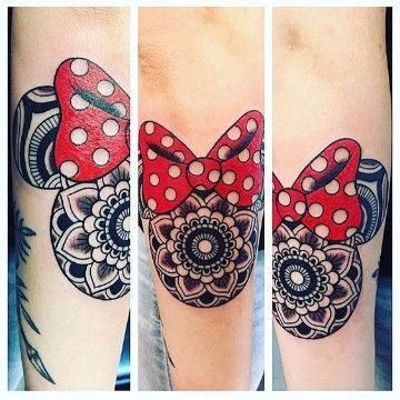 tatuajes de mickey y minnie en el brazo