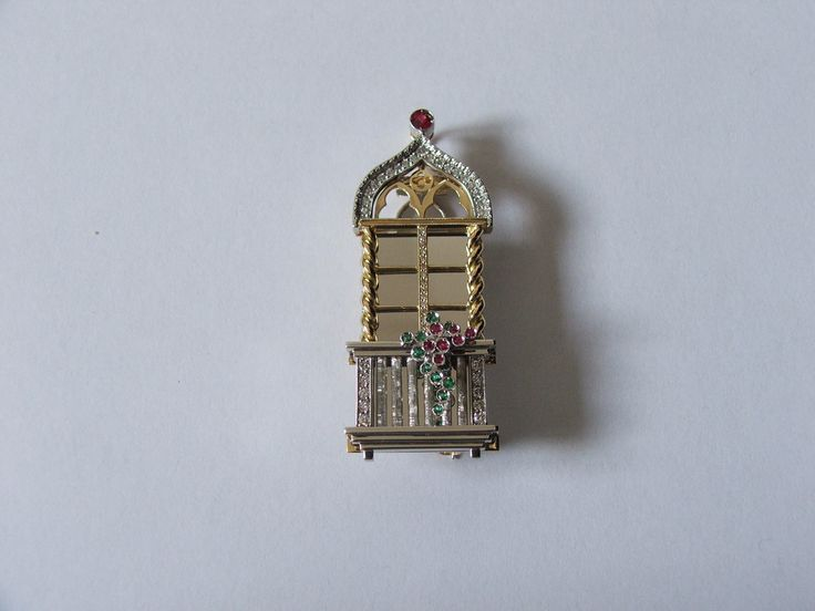 """""""Venetian window brooch"""" completed - ALL HAND MADE -"""