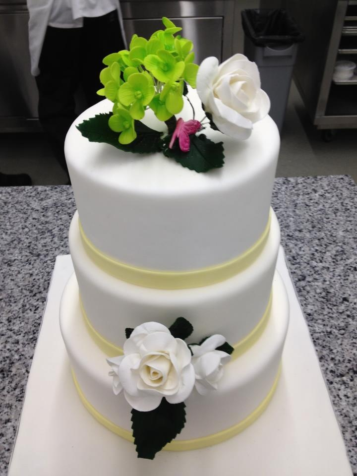 My Friend Ramona Thomas owns Tushiya Sweets and Treats, and starting this summer she will be doing wedding cakes! Here is a sneak peek.  Look for them on Facebook. http://tushiyasweetsandtreats.com/