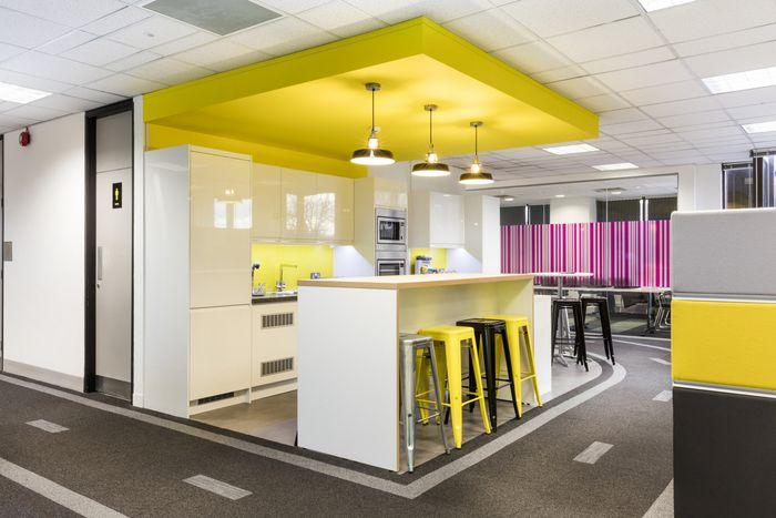 Office tour kantar worldpanel offices london break for Bbdo office design 9
