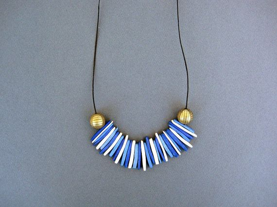 Blue and White Necklace / Coconut beads Necklace