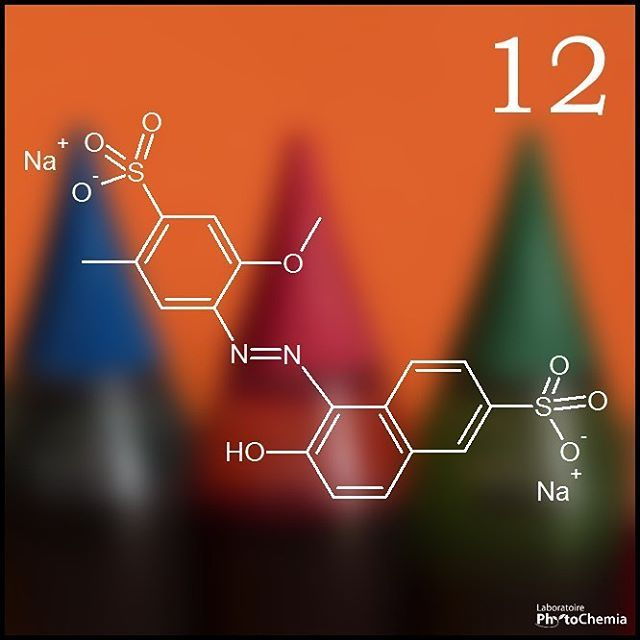 25 days of #PhytoChristmas : Chemistry Edition ! ********************************************** I am a food coloring. What color am I?  Yesterday's answer : Ethanol  #phytochemia #teamphytochemia #phytofamous #laboratory #lab #essentialoils #chemistryisfun #scienceisfun #phytochemistry #saguenay #quebec #phyto #scienceoninstagram #chemist #chemistry #scientist #sciencelover #naturalproducts #instascience #uqac