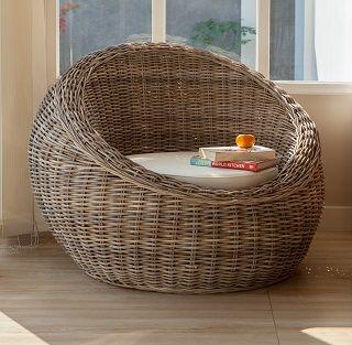 Romantic chair. http://livinginstyle.dk/