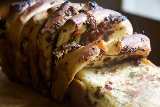 The Opies: Family Food: Mediterranean Pull Apart