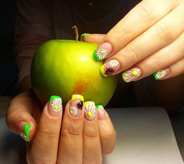 Beautiful summer french nails, Bright french manicure, Bright lime nails, Cheerful nails, Daisy nails, French manicurewith flowers, Light green french nails, Square french nails