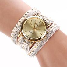 Nueva llegada 2015 reloj de lujo mujeres señora Crystal cuarzo vestido reloj de corea del cristal remache pulsera horas envío gratis TW4268(China (Mainland))