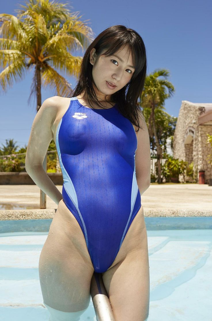 Cum on Women in One Piece Swimsuits - Sydney Group : Photo