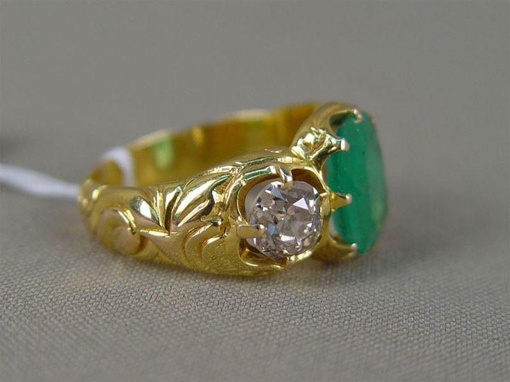 Антиквариат. антикварное золотое Кольцо мужское, золото 56 пробы, бриллианты. изумруд. старинные кольца. антикварные ювелирные изделия