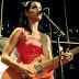 De góspel a rock-pop.  Katy Perry tiene un rango vocal de contralto, fusionando música góspel y el ritmo entre sí. Su segundo álbum, One of the Boys, se describe como «secular» y «rock», alejándose de sus raíces musicales religiosas.