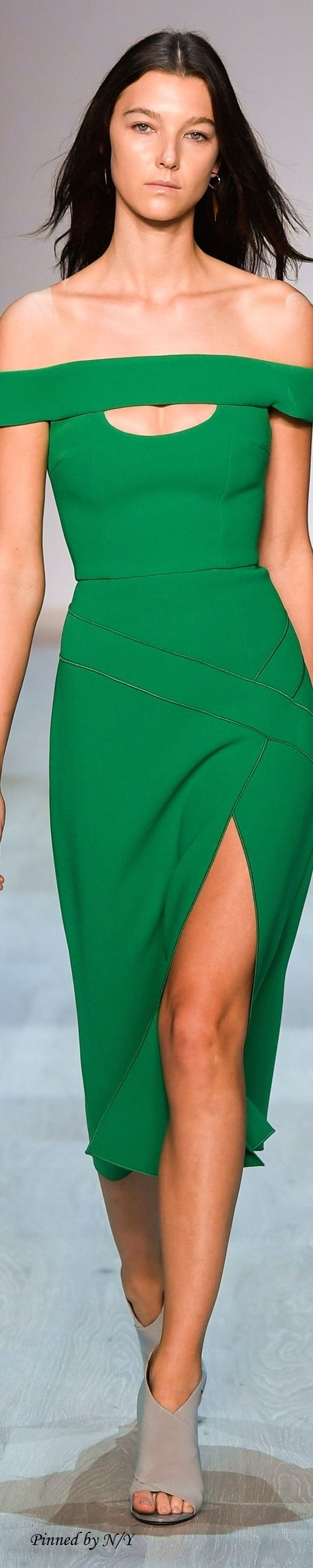 YEOJIN BAE ~ Green off the shoulder dress Resort 2017