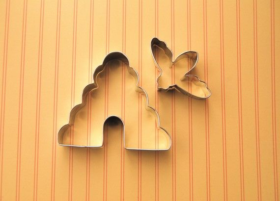 bee hive  + bee cookie cutter set.: Hives Cookies, Bees Hives, Honey & Bees Crafts, Honey Parties, Cutters Sets, Cookies Cutters, Bees Cookies, Bees Stuff, Honey Bees