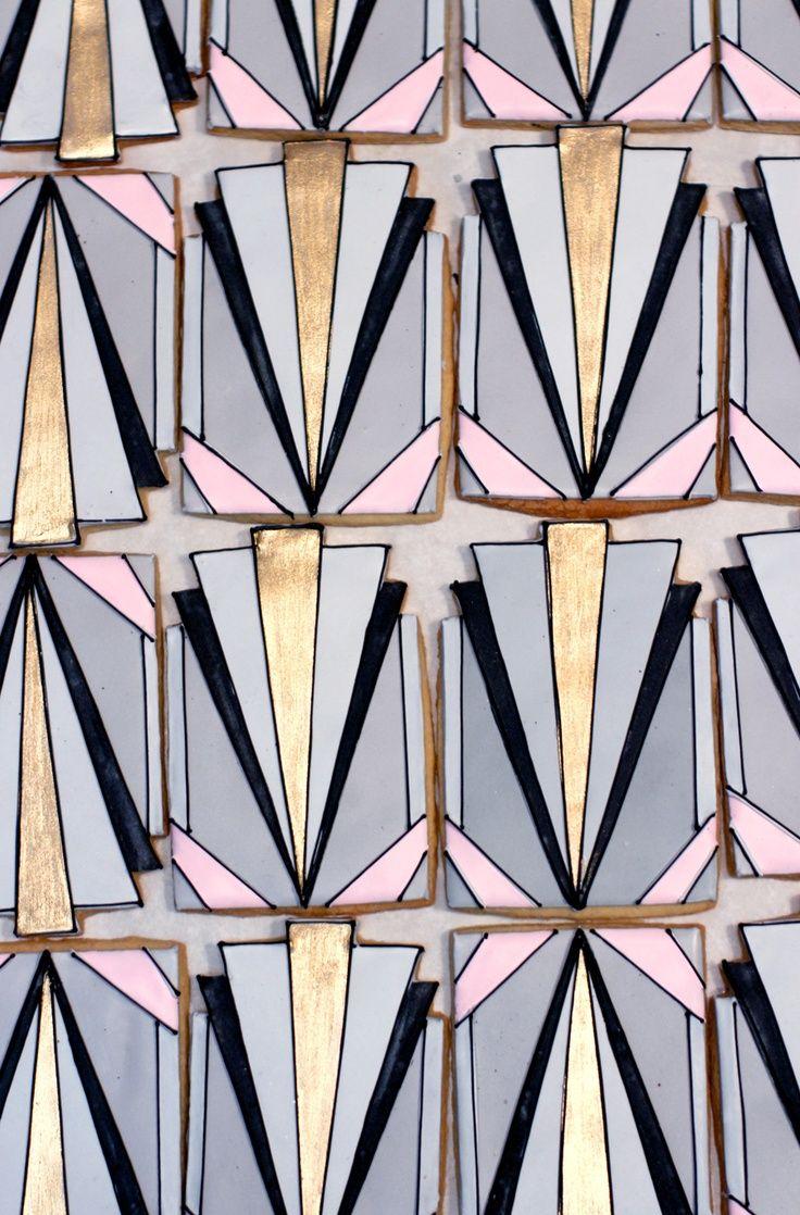 2032 besten art deco bilder auf pinterest retro ringe antiker schmuck und vintage schmuck. Black Bedroom Furniture Sets. Home Design Ideas