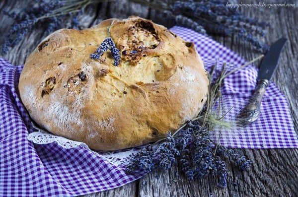 Хлеб с грецкими орехами и лавандой - ссылка на рецепт - https://recase.org/hleb-s-gretskimi-orehami-i-lavandoy/