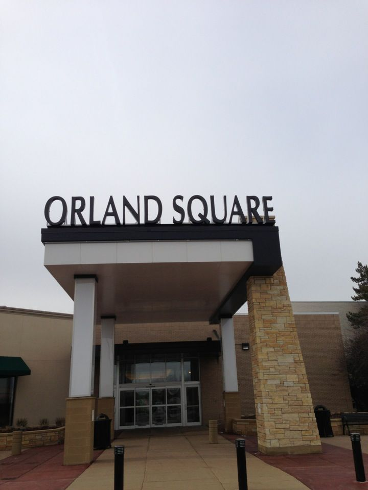 ORLAND PARK, IL -- Orland Square will hold a job fair to fill a number of positions as it gears up for the holiday season. Scheduled for Saturday, Sept. 22, from 10 a.m. until 1 p.m. in the Upper.