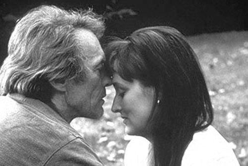 """"""" Facevo dei pensieri su di lui che non riuscivo a controllare e lui li leggeva tutti, qualunque cosa provassi, qualunque cosa volessi. Lui mi seguiva ed in quel momento tutte le cose che avevo saputo di me stessa fino ad allora sparivano. Mi comportavo come un'altra donna eppure non ero mai stata così me stessa prima di allora."""" I ponti di Madison County (The Bridges of Madison County) 1995. Diretto da Clint Eastwood. Tratto dall'omonimo romanzo di Robert James Waller"""