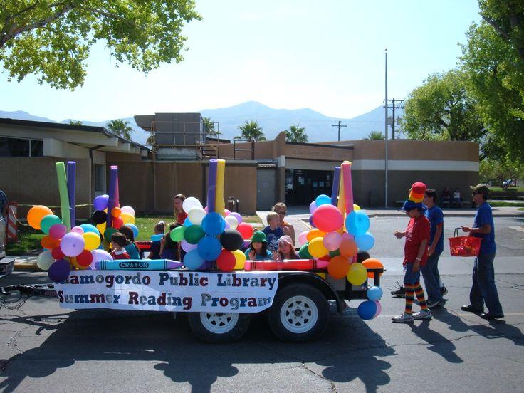kids parade float ideas | File:Alamogordo Public Library Independence Day parade float.jpg