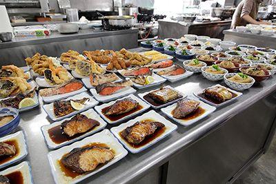 【銀シャリ屋 ゲコ亭】好きなおかずを選んで、仙人が炊いた極上のご飯をほおばる幸せ - 日経トレンディネット