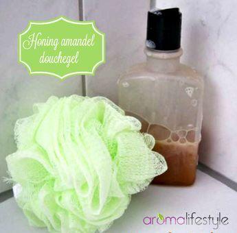 Dezehoning amandel douchegelis een heerlijk zachte, licht schuimende douchegel die je zelf je eigen geur kunt geven met je favoriete etherische olie.