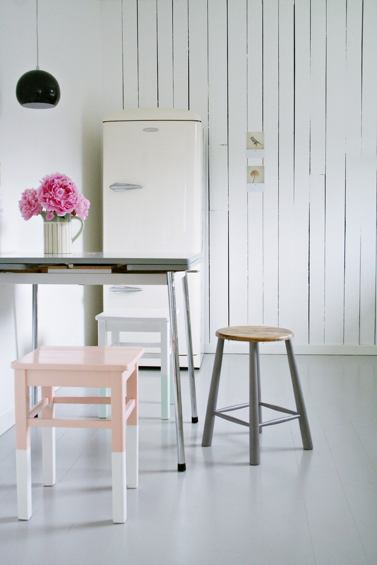 MøbelPøbelDecor, Painting Dips Stools, Simple Cleaning, Dips Dyed, Interiors, Old Chairs, Painting Chairs, Kitchens Corner, Kitchens Stools