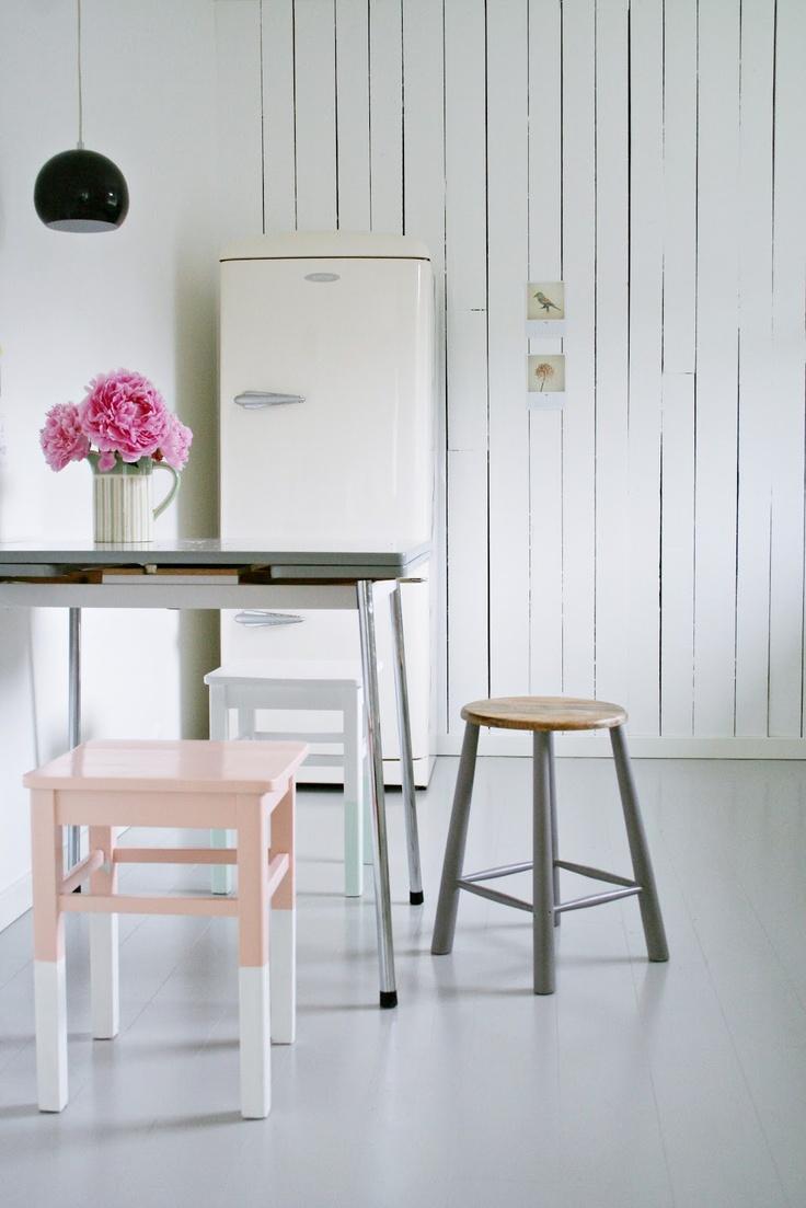 MøbelPøbel: Decor, Interior Design, Pastel Kitchen, Idea, Kitchen Stools, Nordic Interiors, Simple, Interiors Colour
