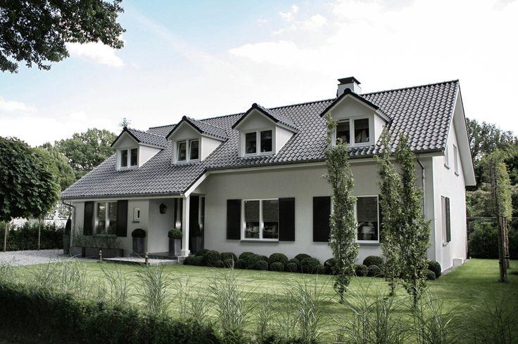 2013 VOGELSLAAN OISTERWIJK / Renovatie  Modern  – Stucwerk – Dakkapellen joris@jorisvdbraak.nl