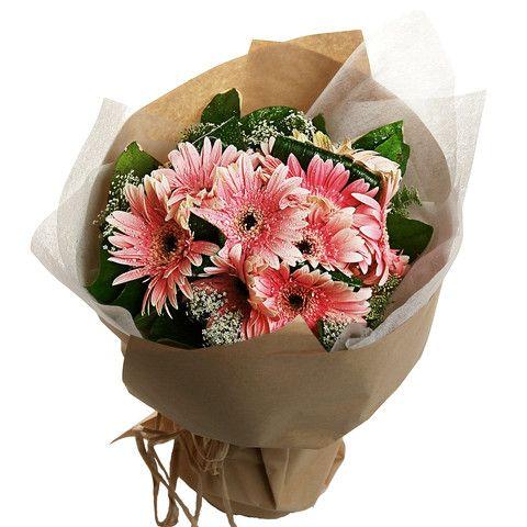 Gerbera Flower Bouquet with Matching Greens| HongKongFlowerShop.com Since 1998 - Hong Kong Flower Shop Limited (HongKongFlowerShop.com)