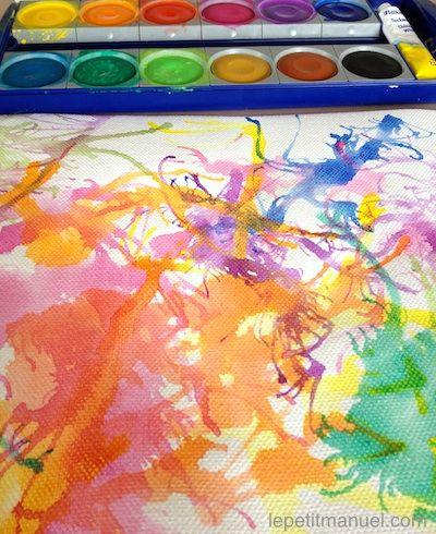 Peinture à la paille. Ou : une explosion de couleurs à la portée de tous.