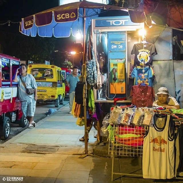 "@ed_kruger's photo: ""NIGHT STREET MARKET"""