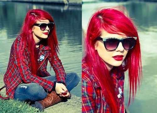 Want this hair <3 love red.
