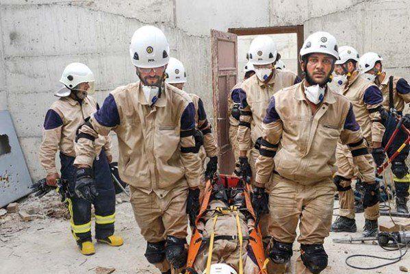 """Syrská armáda objevila """"filmařské místo"""" Bílých přileb ve východní Ghoutě"""