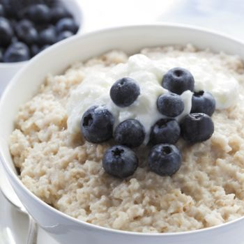 Wake up to Slow Cooker Porridge - a brilliant way to feed your family with absolutely no effort. Once you've slow cooked Porridge, you'll never use the microwave again!