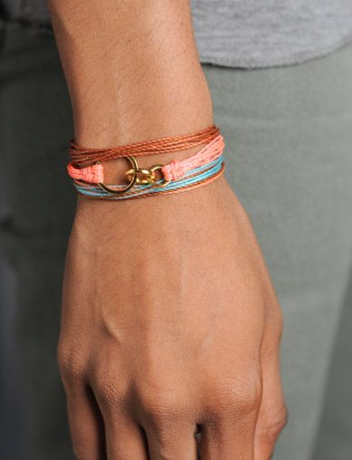 People Matter Bracelets / Pura Vida | Purchase to help fund clean water wells in Ethopia! > http://www.sevenly.org/product/51f9974212250f9b03000003?cid=InflPinterest0002JenniferPV
